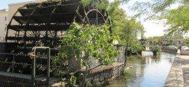 Isle-sur-la-Sorgue Provenza villaggio degli antiquari