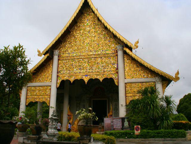 cosa vedere luoghi interesse chiango mai templi