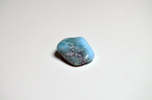 larimar pietra preziosa